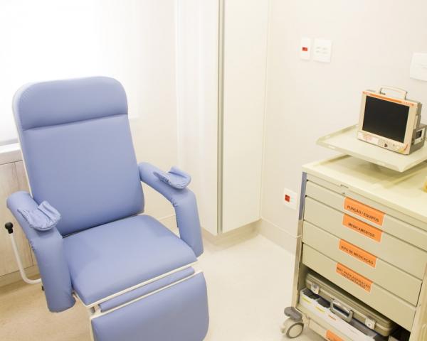 Centro Brasileiro de Urologia | Sala de enxaminação